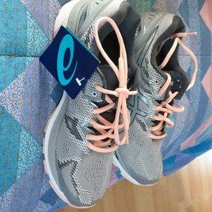 Ladies sneakers ASICS size 9 1/2